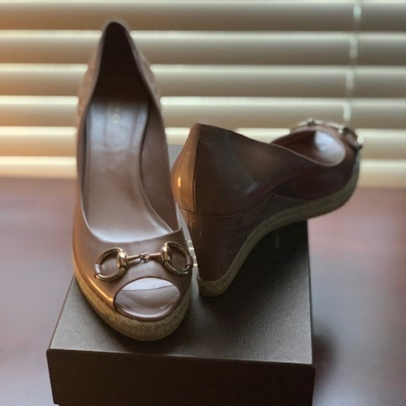 bcd24e5298a Gucci Platform Peep Toe Wedge Horsebit Blush Rose